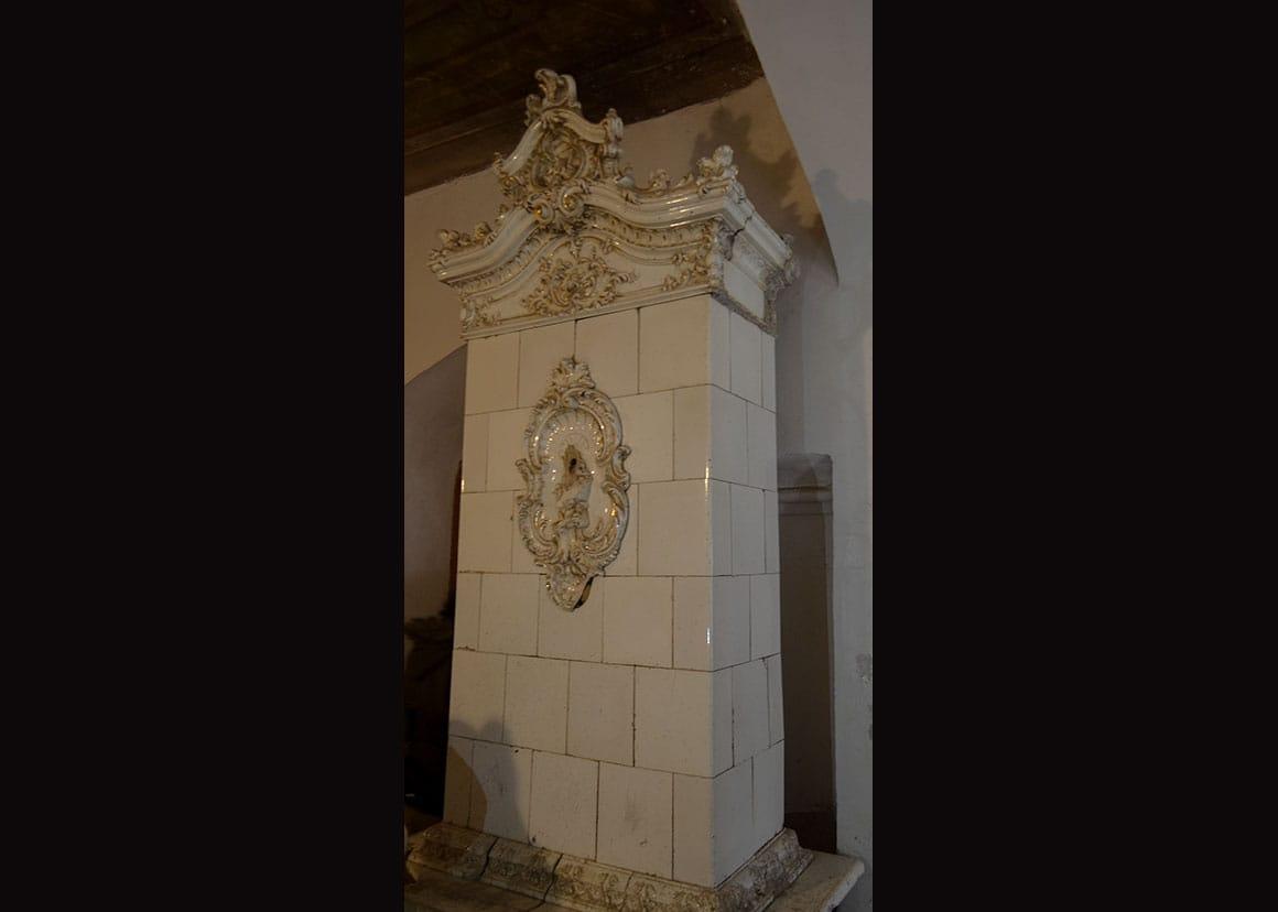 Gilded terracotta