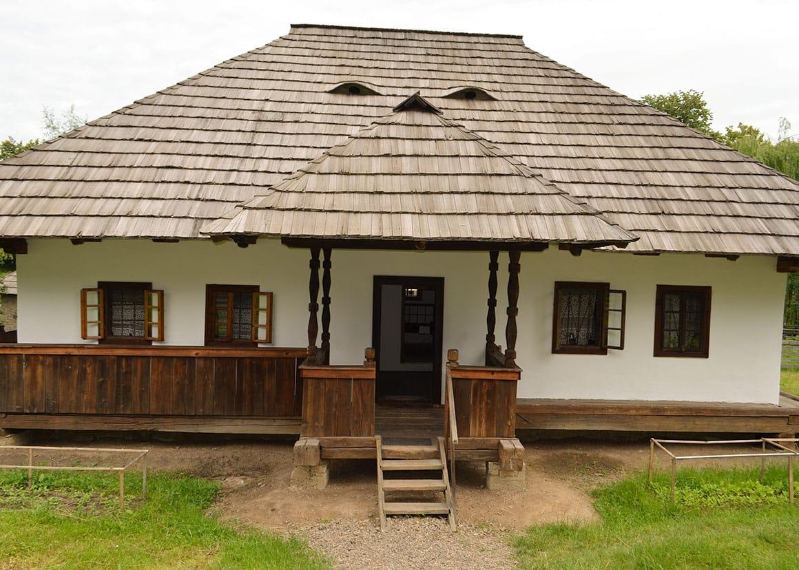 Câmpulung Moldovenesc house